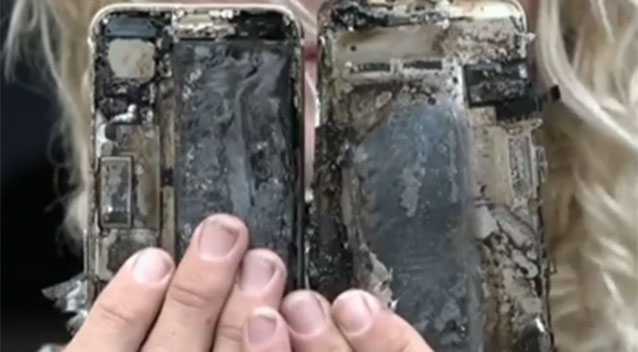 iPhone 7 catches fire